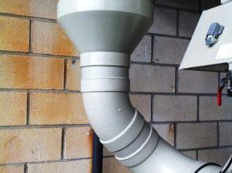 EXIDE TECHNOLOGIES. Instalación de tuberia plástica de ventilación en polipropileno